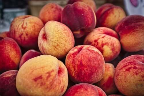 Beneficial Effects Of Peach Juice